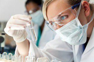 Technicien analyses biomédicales